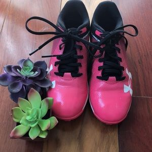 Girls Under Armour cleats